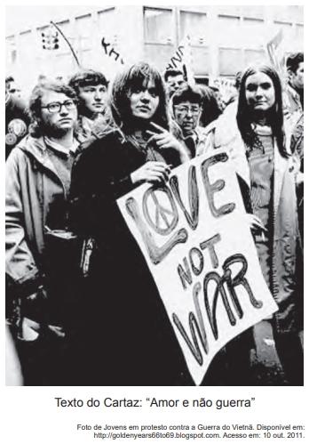"""Texto do Cartaz: """"Amor e não guerra"""""""