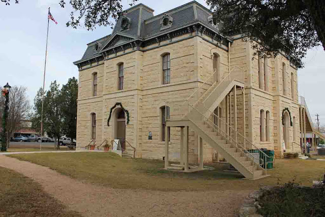 cheapest place to live in texas hill country