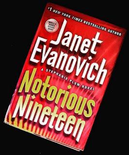 notorious nineteen stephanie plum 19 janet evanovich