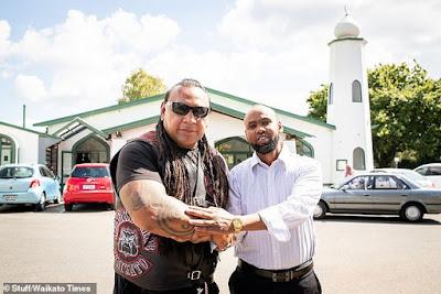 Club Motor di Selandia Baru Jaga Umat Islam Salat