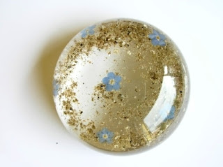 Ashes and forget me not flower paperweight