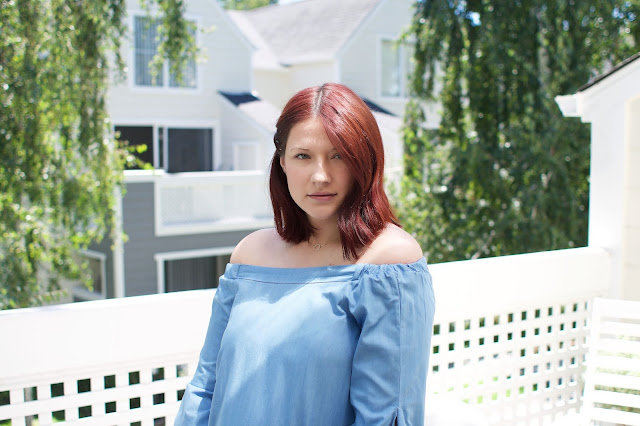 wavy red hair, god curl, Fbloggers, chambray top, maternity fashion, pregnancy blog, chicwish