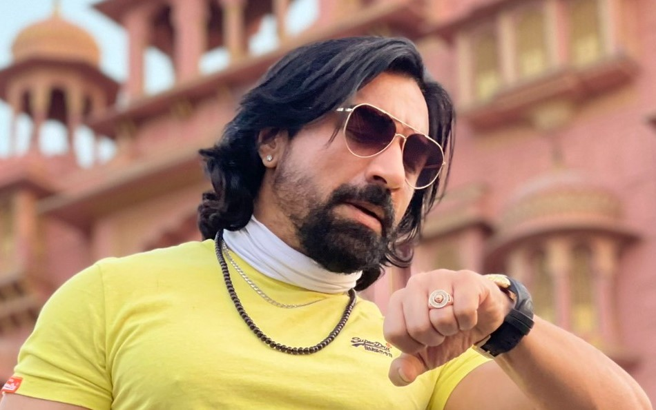 Actor Ajaz Khan Detained at the Mumbai Airport by NCB