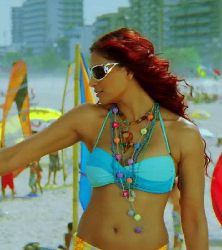 Bipasha Basu in hot Bikini