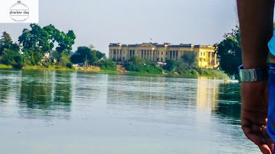 river view hazarduari palace