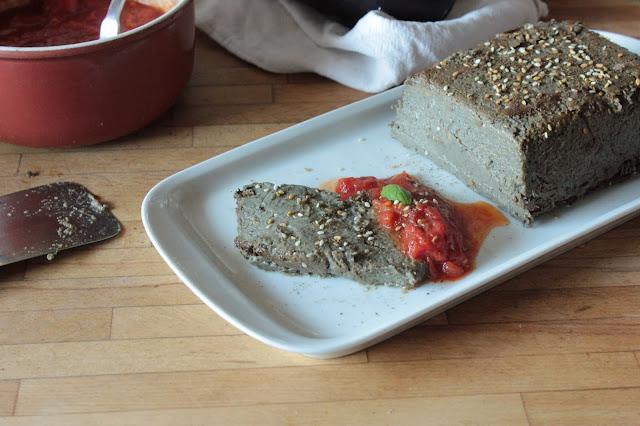 Cuillère et saladier : Terrine d'aubergine au zaatar (vegan)