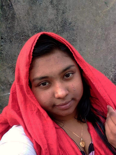 Bangladeshi Girl Angona Selfie Nude Photo