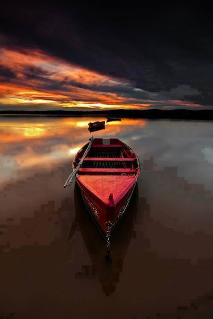 Sky,  In the boat under the moon