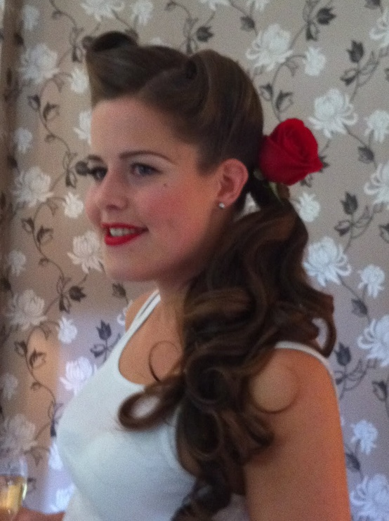 I Will Wait: 50's inspired wedding hair and make up, so cute