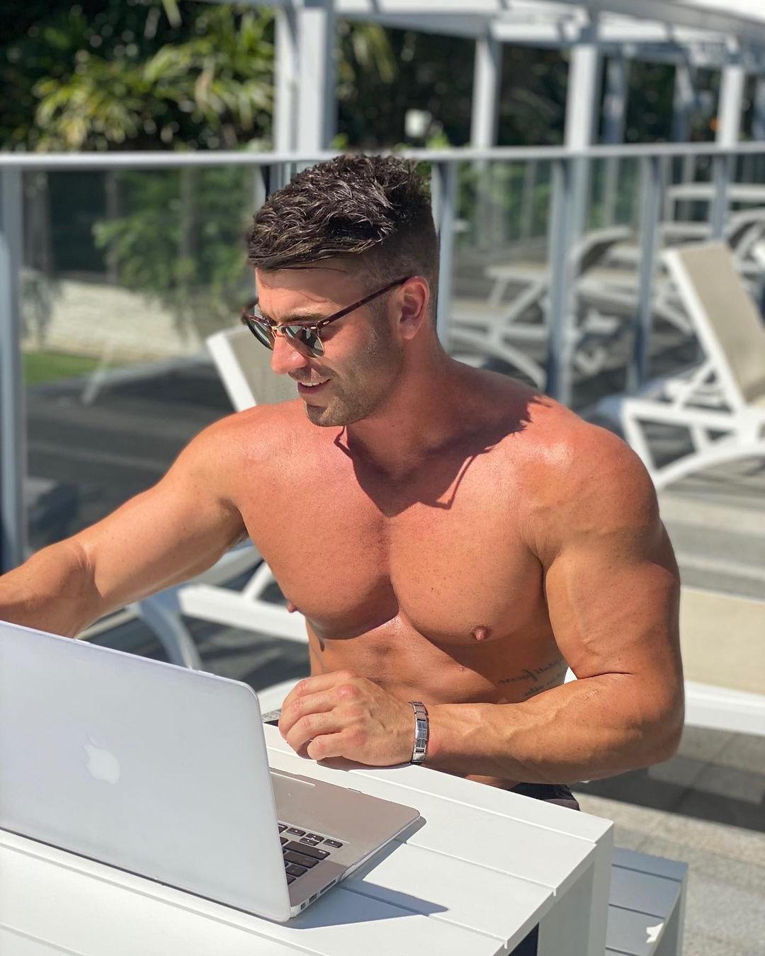 hot-guys-big-nipples-pecs-josh-phillips-working-hard-laptop-shirtless-fit-hunk