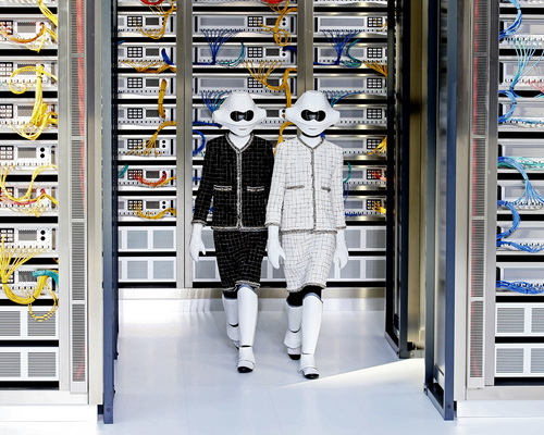 Tinuku.com Karl Lagerfeld brings fashion glamor for Data Center Chanel technologies at Paris Fashion Week