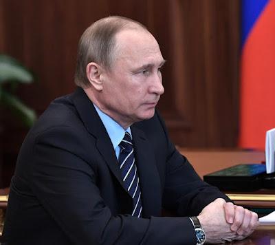 Vladimir Putin at a meeting with Viktor Vekselberg, Renova Group.