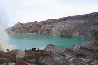 3 Days 2 Nights Ijen Crater, Mt Bromo tour package from Bali