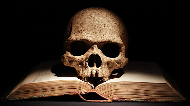 Buku Horor