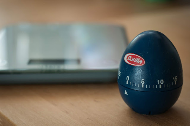 The scales and the egg timer