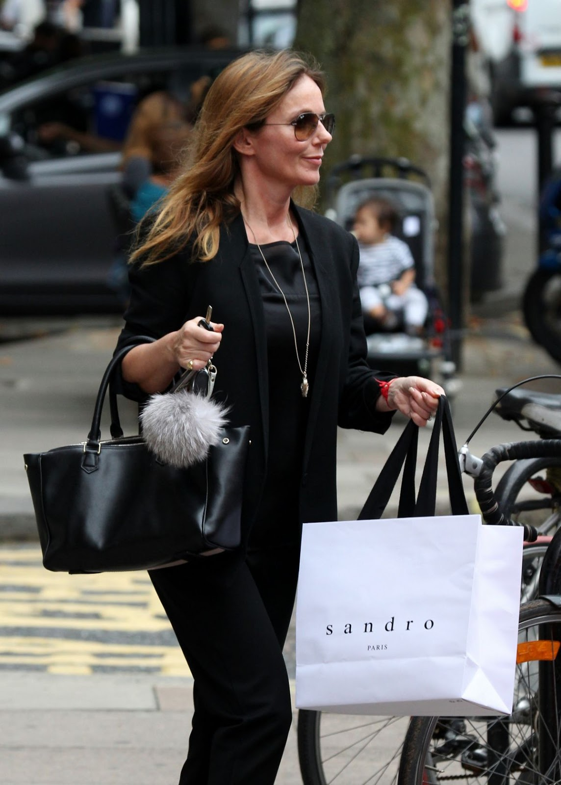Geri Galliwell Out Shopping In London