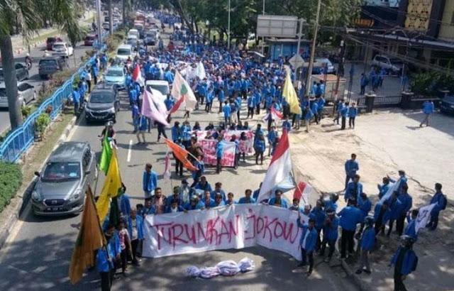 Mahasiswa Serukan Demo Turunkan Jokowi