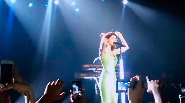 Nesse sábado, 12, ainda rola o show da Marina and the Diamonds no Lollapalooza!