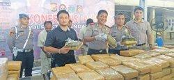 Polisi Gagalkan 510 Kg Ganja Hendak Diseledupkan ke Jakarta