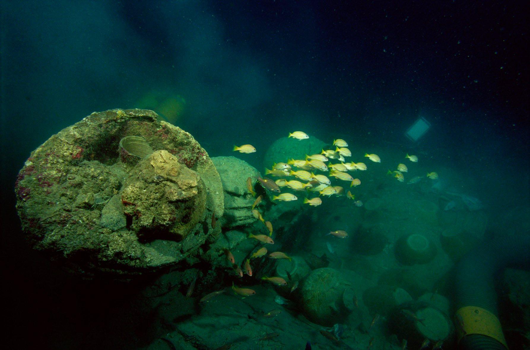 Santa Cruz shipwreck photo
