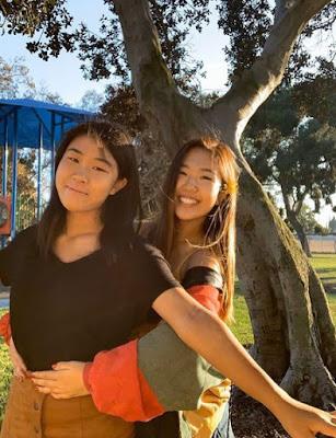 Nina Lu with her sister