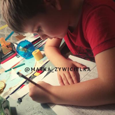#Uczeń 7 powodów, dla których nie odrabiamy lekcji z naszym dzieckiem