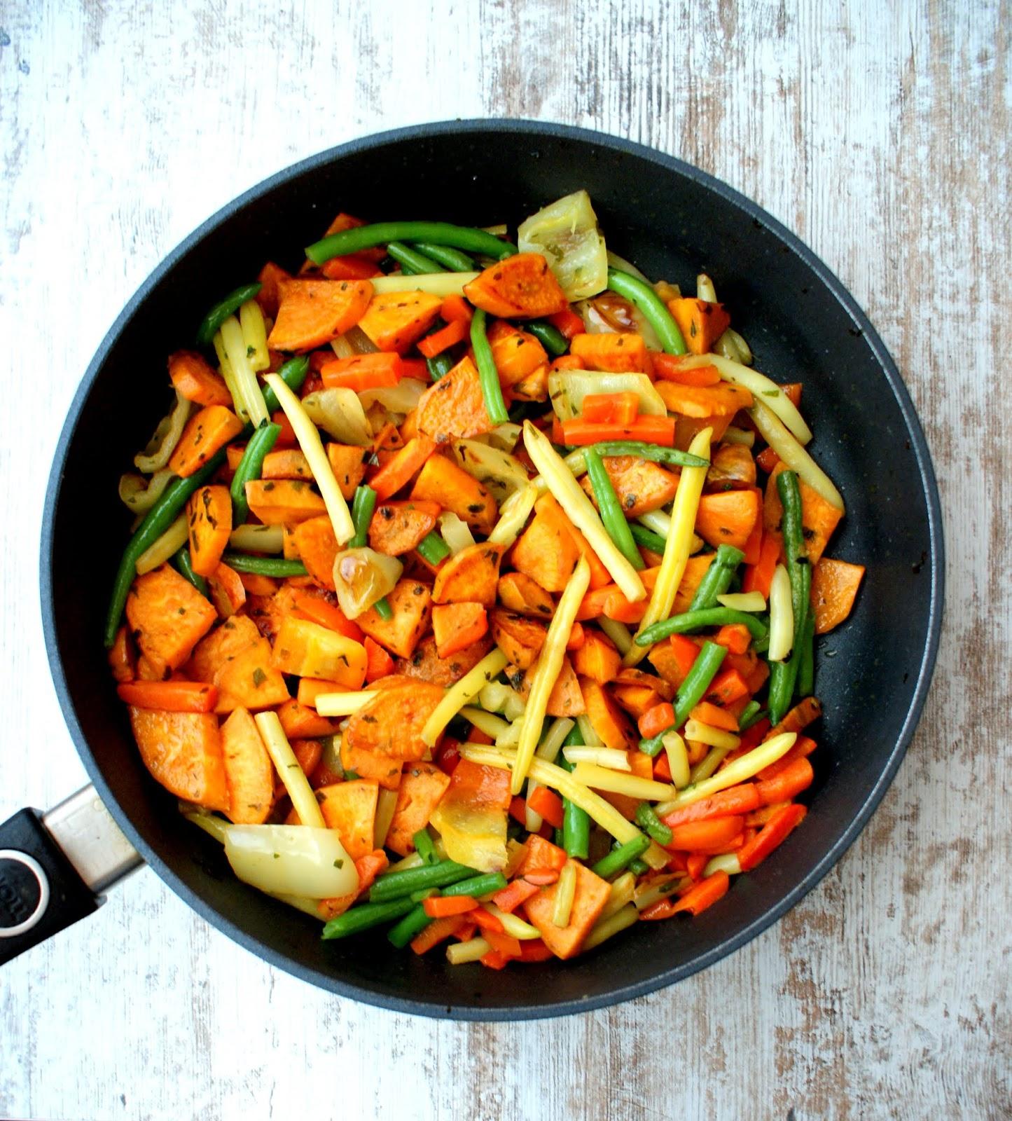 Z Kuchni Do Kuchni Pieczone Bataty Z Warzywami Na Parze