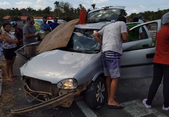 Grave acidente mata idoso e deixa adolescente ferida em rodovia do Piauí