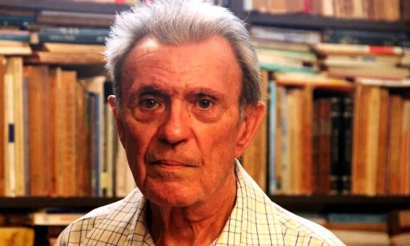 Carlos Esteban Deive