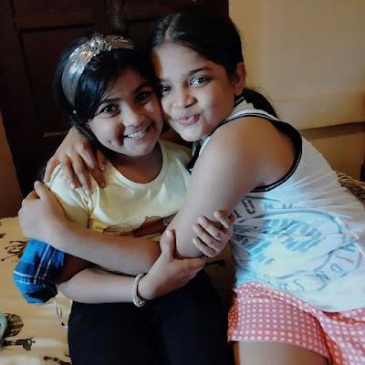 balika vadhu 2 anandi and her friend