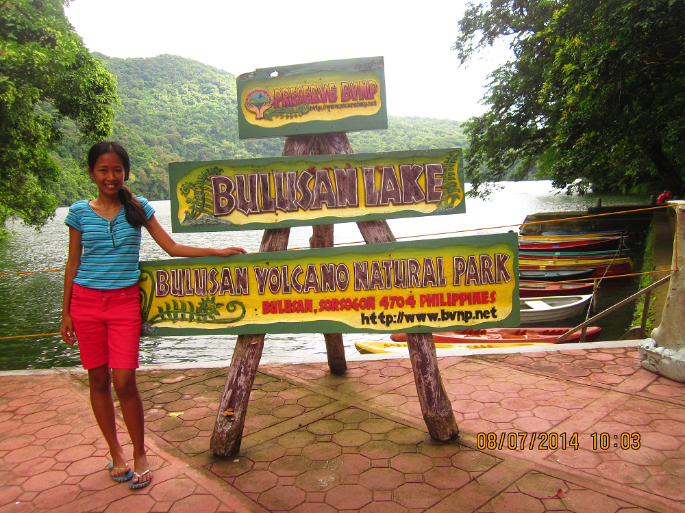 travel guide to bulusan lake sorsogon