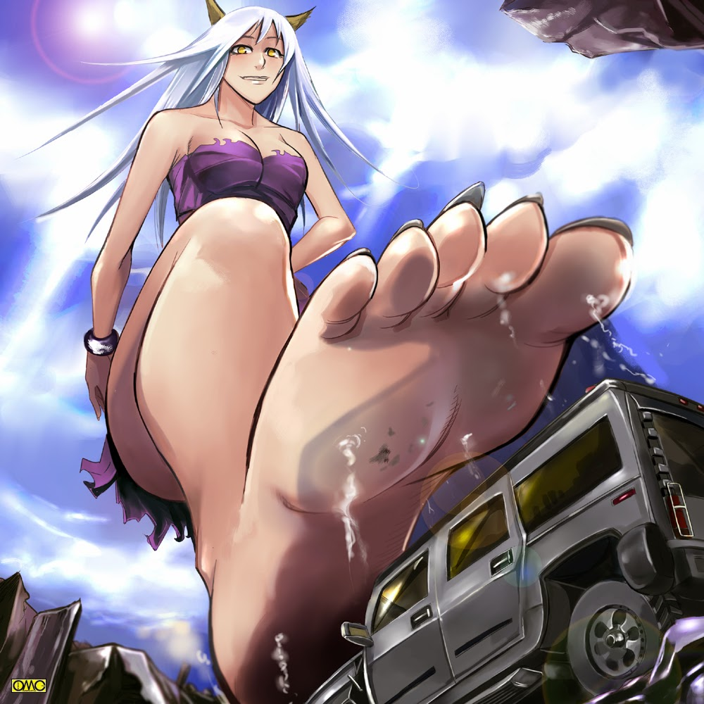 Upskirt giantess