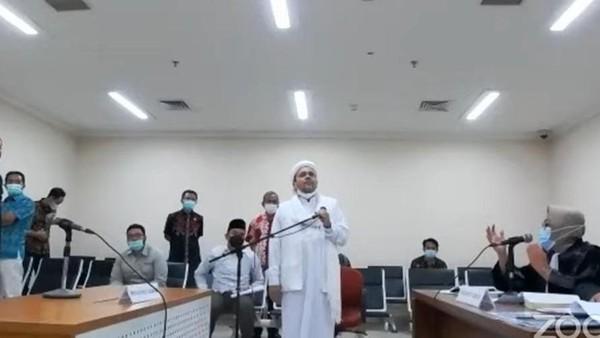 HRS Tawarkan Bantuan Atasi Kerumunan Jika Sidang Offline, Hakim Menolak