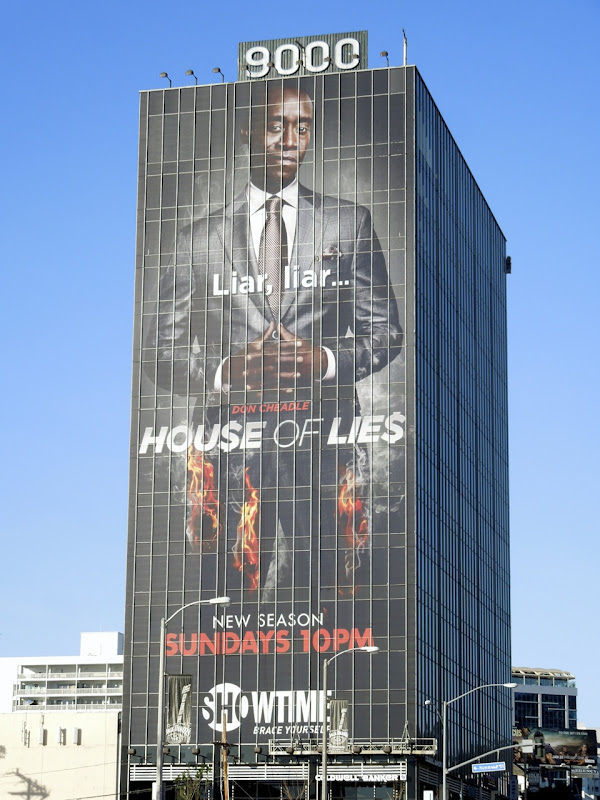 Giant House of Lies season 2 billboard Sunset Strip