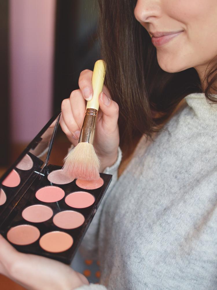 róż do policzków Makeup Revolution