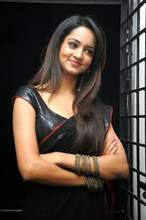 Telugu Actress In Black Dress(16).jpg