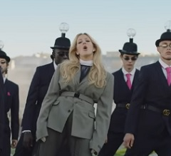 Ellie Goulding lança clipe de Close To Me