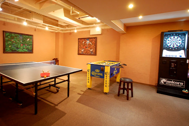 本館の地階に新設された、旅の隙間を埋める楽しい空間『アンダピック』です。 ちなみにアンダピックとは「アンダでオリンピック!」の略称で、姉妹店のアンダリゾート伊豆高原が発祥の地なんです!家族やカップル・グループで盛り上がって下さい!