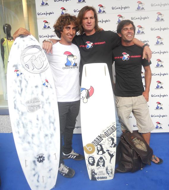 Pocholo Martínez-Bordiú y el campeón de Kite surf, Abel Lago presentan la nueva colección de ropa deportiva Dwarf8