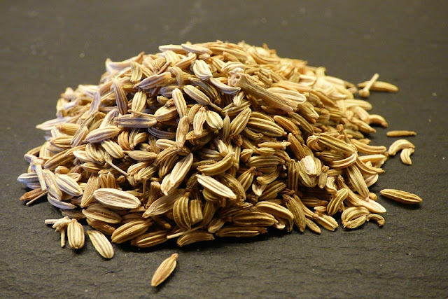 Fennel Seeds (Saunf) Benefits for Hair