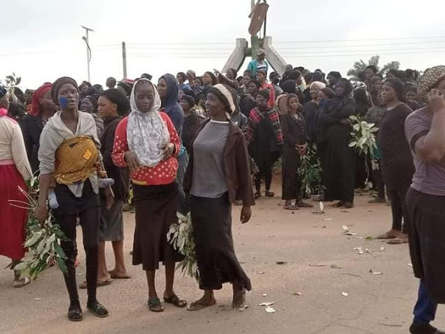 Just In: Men And Women Stage Protest Over Continuous Killings In Southern Kaduna (Photo)