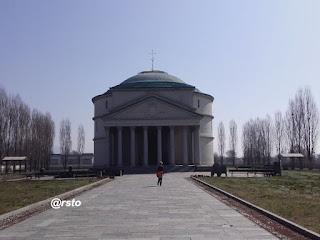 Mausoleo Bela Rosin