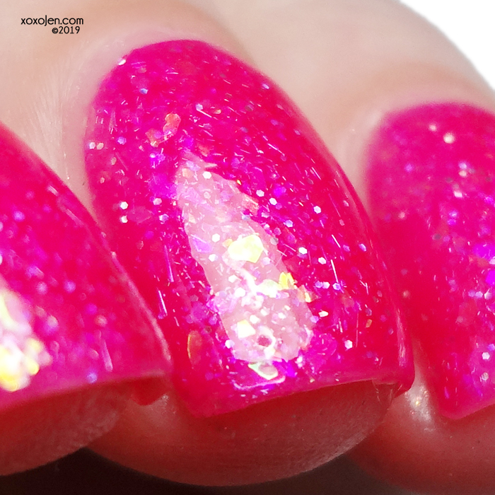 xoxoJen's swatch of Glam Lots-o'-Huggin' Bear
