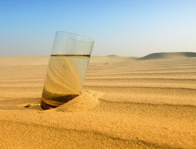 Desierto, sed