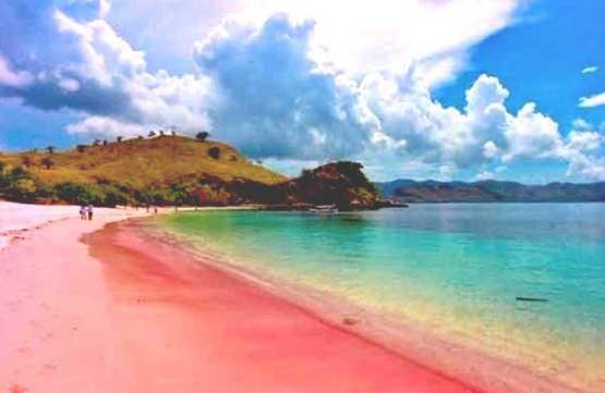 Gambar pesona pantai merah Banyuwangi, Jawa Timur, Indonesia