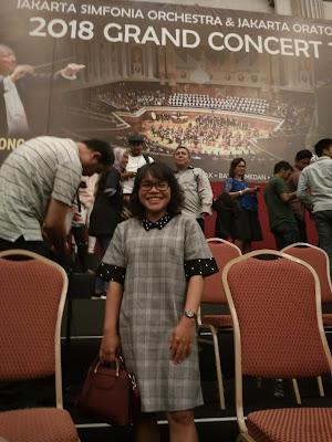 Isatana Maimun Medan. Upside Down World, Studio Foto Medan. Macehat Coffe, Tempat Nongkrong di Medan. Museum Sumatera Utara, Medan. Grand Concert Tour Medan