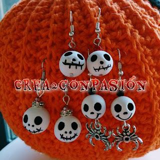 Pendientes-halloween-con-calaveras-diy-de-pasta-ligera-3-montajes-crea2conpasion