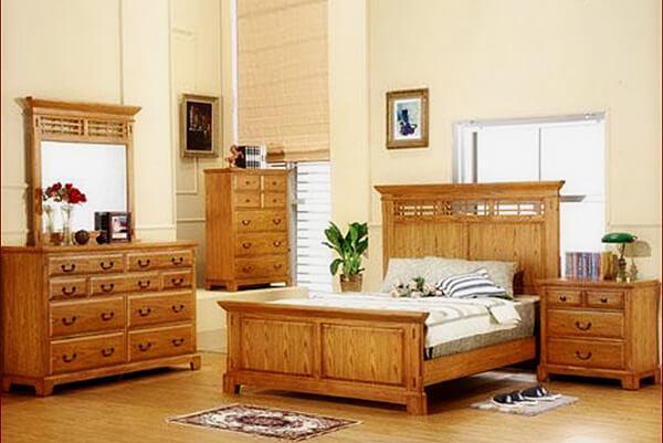 Light Golden Oak Bedroom Furniture
