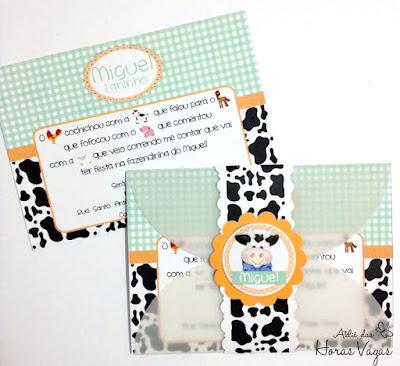 convite artesanal infantil aniversário chá de bebê festa personalizada fazendinha fazenda vaquinha verde claro xadrez laranja 1 aninho menino