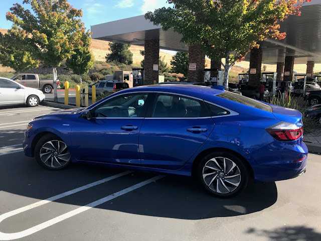 Side view of 2020 Honda Insight Touring